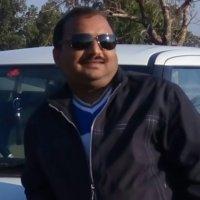 योगेश गुप्ता